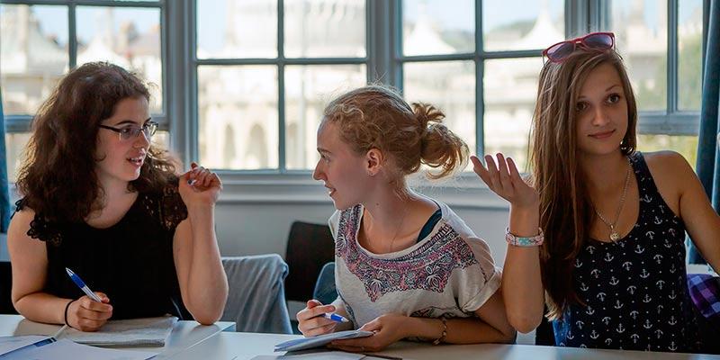 Curso de inglés para jóvenes en Bury St. Edmunds, Inglaterra
