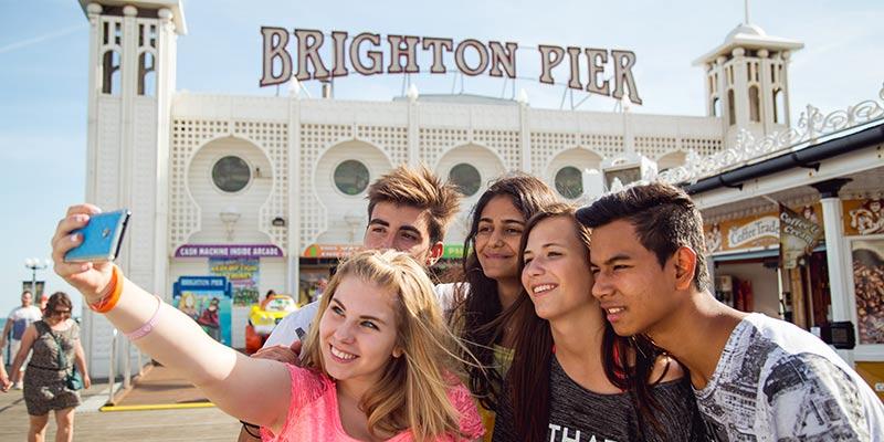 Cursos de inglés para jóvenes en Brighton, Reino Unido
