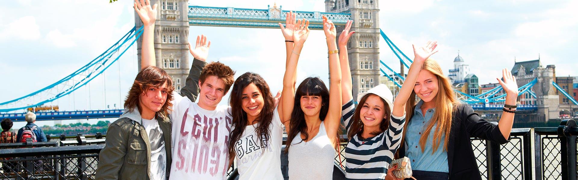 Cursos de idiomas para jóvenes con monitor en destino