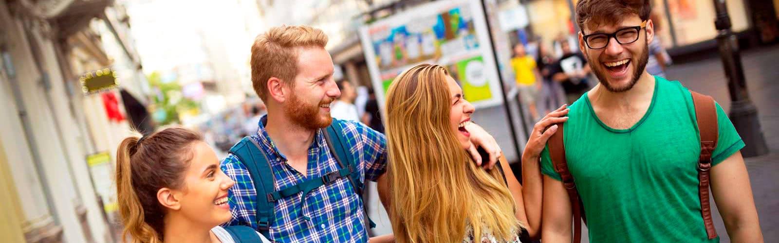 Cursos de idiomas para adultos y jóvenes en el extranjero