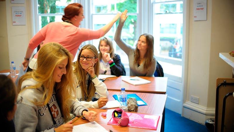 Cursos de inglés para jóvenes en Cambridge Reino Unido